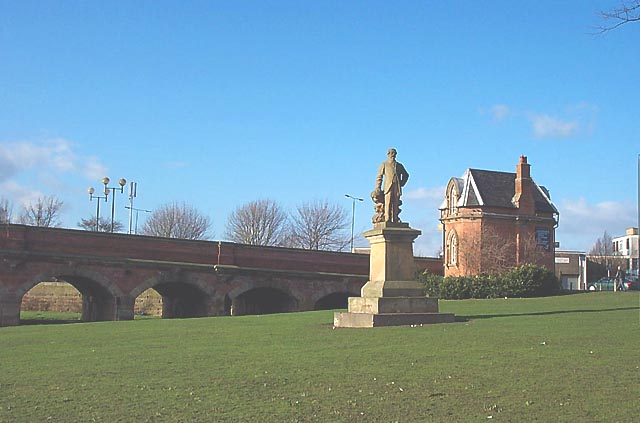 Statue by Wilford Bridge