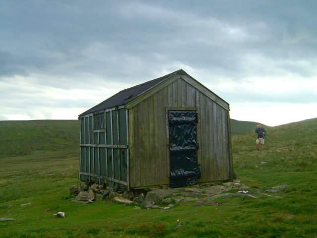 The hut on Great Lingy Hill