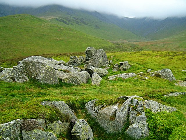 Kiln Pots outcrop on the north ridge of Ullock Pike