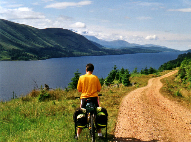 Loch Lochy Cycle Path