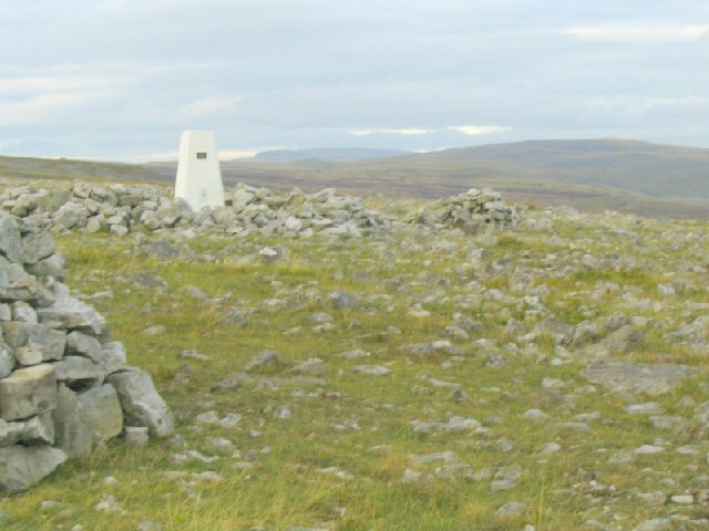 Trig point on Tair Carn Isaf