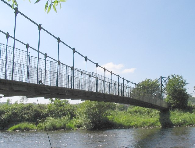 Footbridge on River Amman at Pantyffynnon