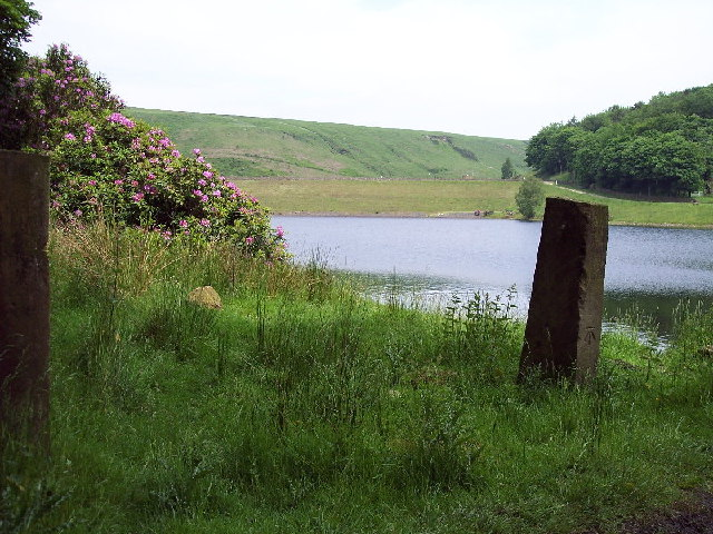 Gateposts, Lower Dean Head reservoir