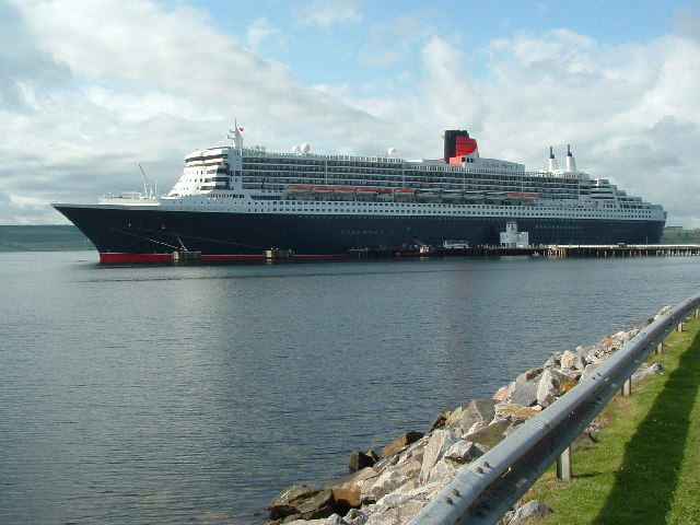 Queen Mary 2 visits Invergordon