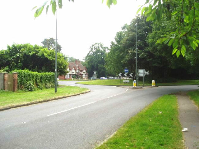 The Dukes Head roundabout
