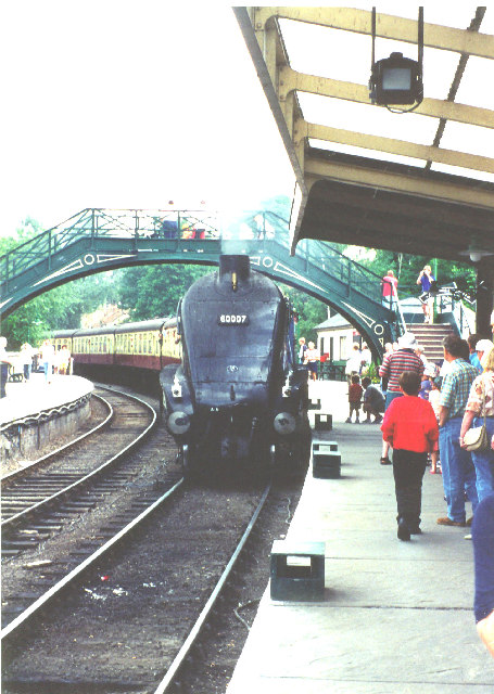 60007 Sir Nigel Gresley arriving at Pickering