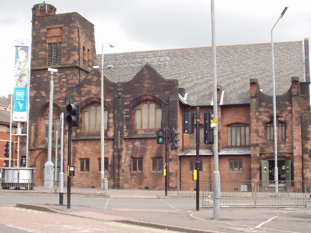 Queen's Cross Church on Maryhill Road