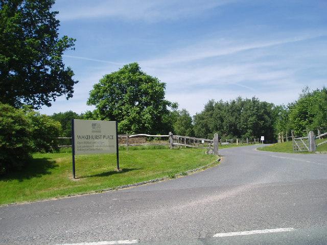 Wakehurst Place entrance