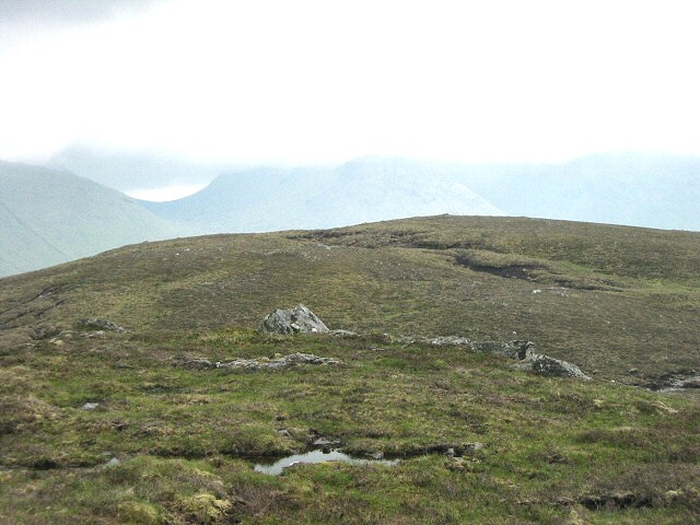 South towards the top of Creagan nan Gobhar