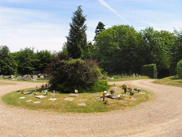 Cemetery near Pangbourne
