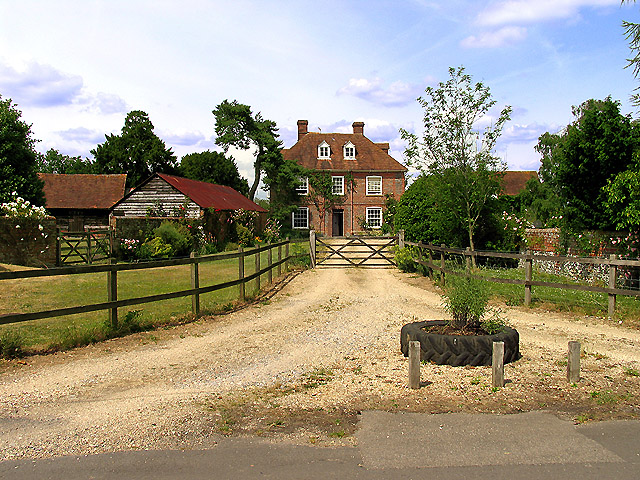 Woodgreen Farm near upper Basildon