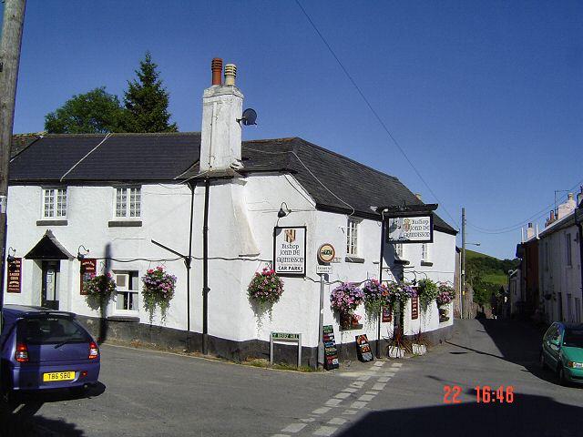 Bishopsteignton pub