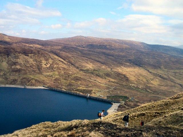 Descent towards Loch An Daimh