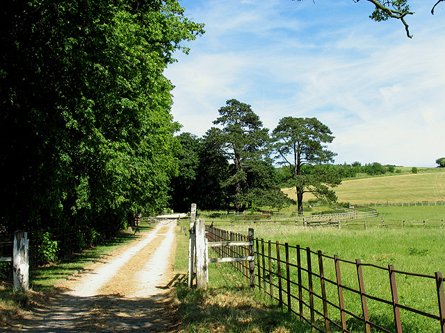 Footpath near New Farm