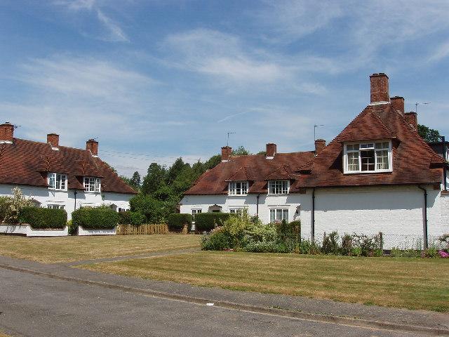 Houses at Allhusen Gardens, Fulmer