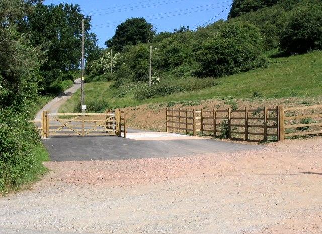 Cattle Grid, Hollybush Top  Car Park