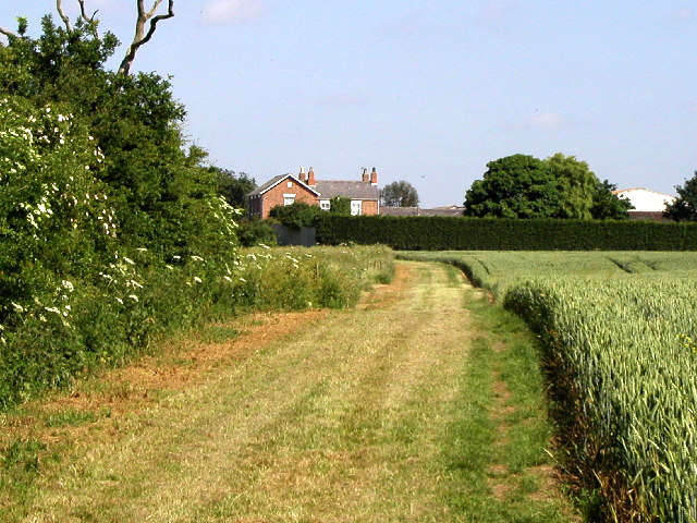 The Bridleway from Lelley to Sproatley