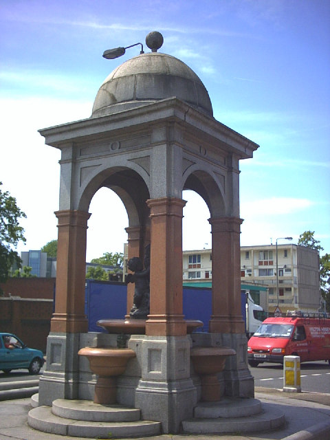 Drinking fountain and horse trough, Roehampton.