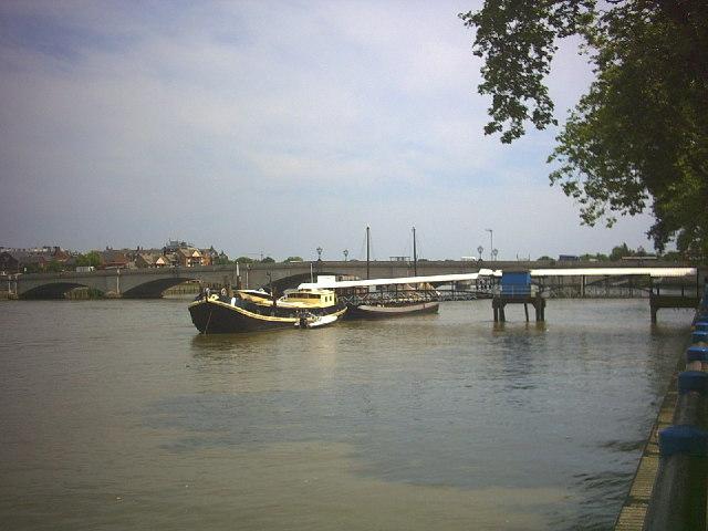 Putney Bridge.