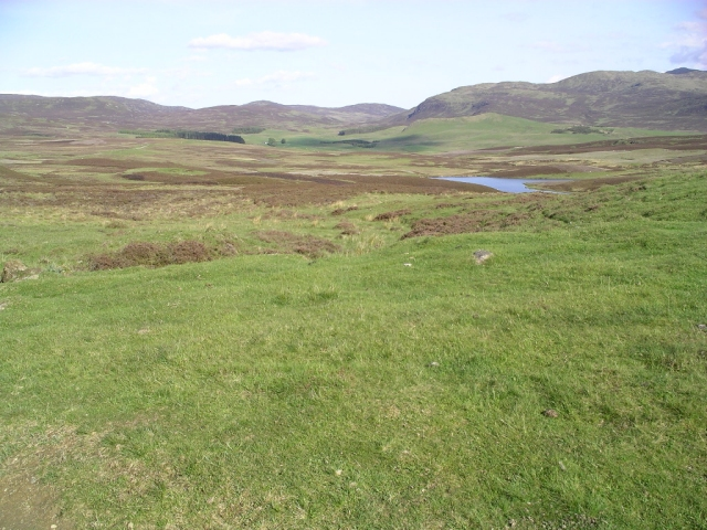 The path from Shinagag to Loch Moraig
