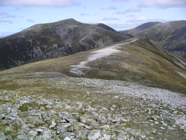 Path between Carn Liath and Braigh Coire Chruinn-bhalgain 1