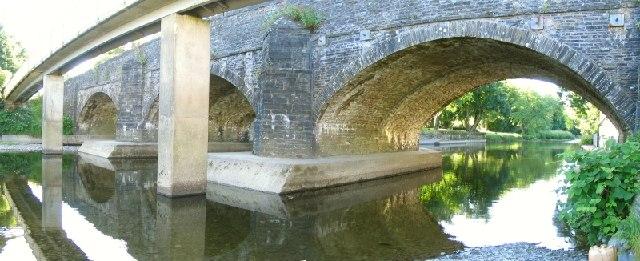 Bridges over the Cothi river at Pontargothi
