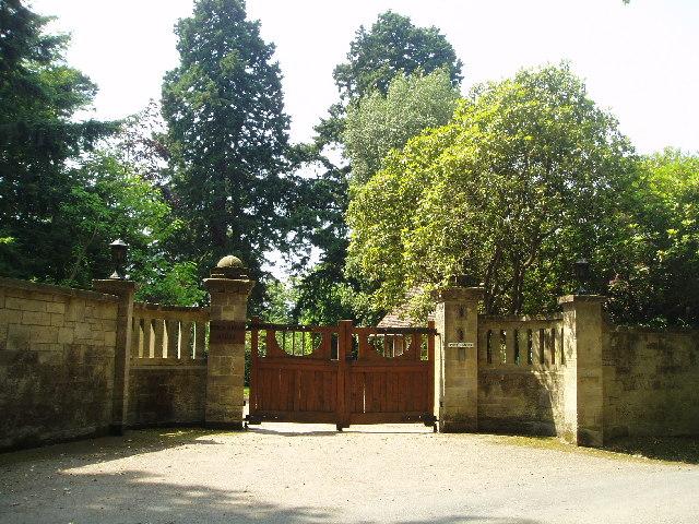 Birch Grove entrance