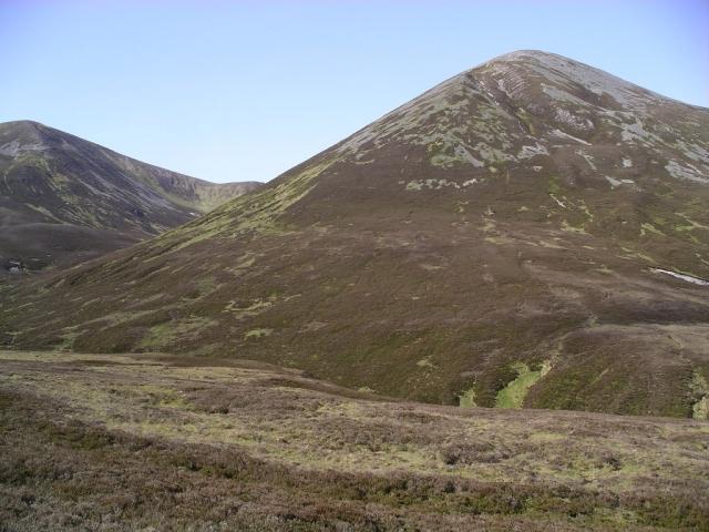 Path from Airgiod Bheinn to Loch Moraig 1