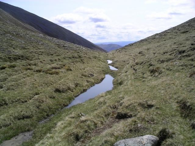 Bealach between Braigh Coire Chruinn-bhalgain and Carn nan Gabhar 2