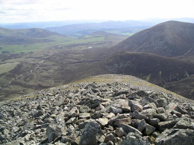 Descent from Airgiod Bheinn