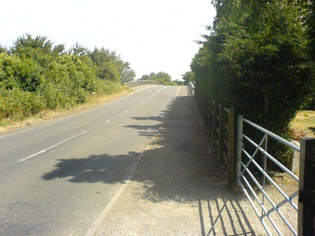 Bridge over M20