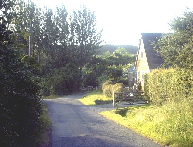 School Hill, Warehorne