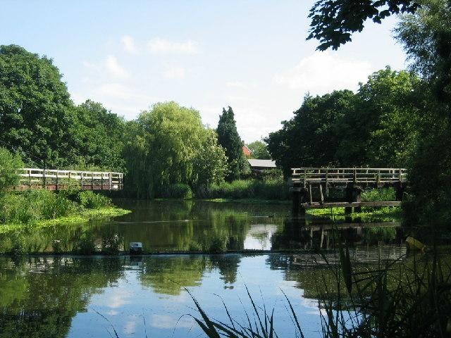 Footbridge over Weaver Navigation