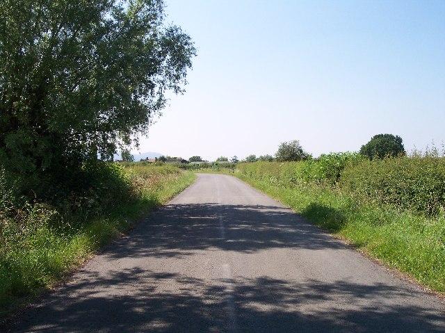 Dangerous Bend, Green Street, Naunton