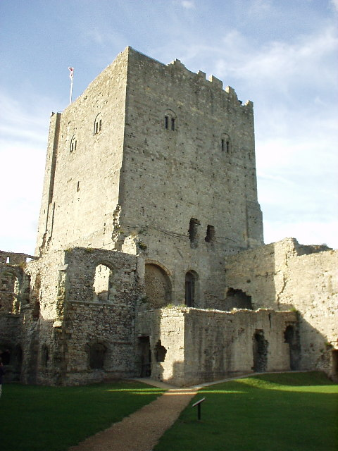 Portchester Castle, keep and inner courtyard