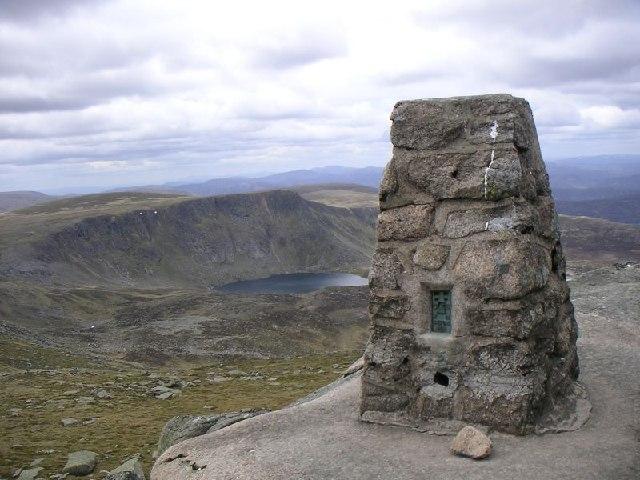 Cac Carn Beag (Lochnagar) Trig Point