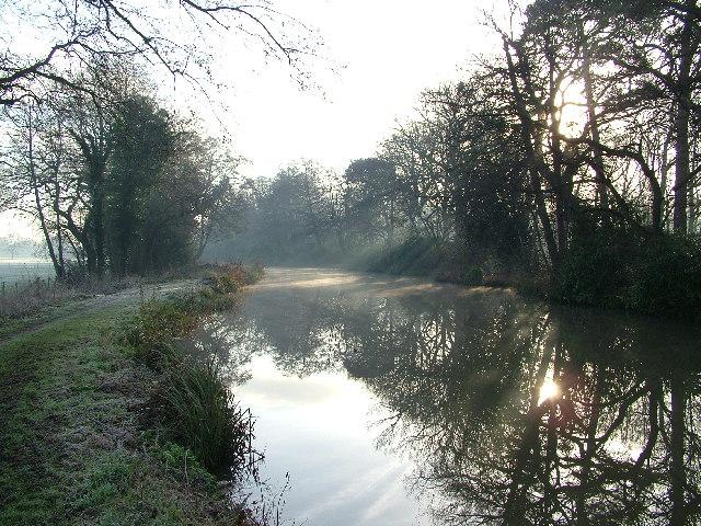 Wey Navigation Canal, Send
