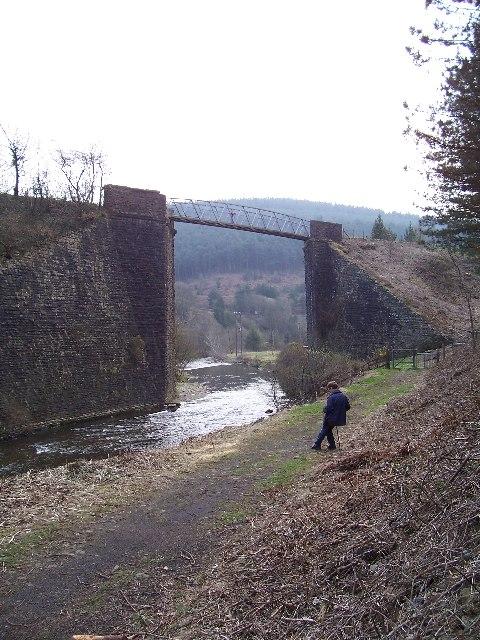 Disused railway bridge at Pontrhydyfen