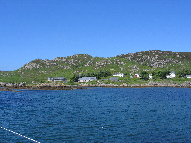 Leaving Scalasaig Harbour