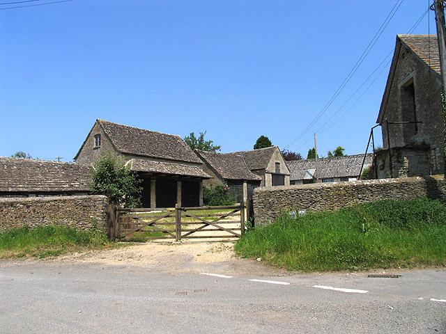 Manor Farmyard: Ampney St Mary's