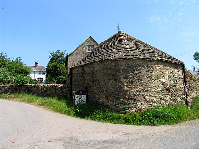 College Farm: Ampney St Mary's