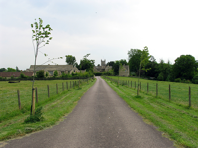 Manor Farm and St Andrews Church: Coln St Aldwyns