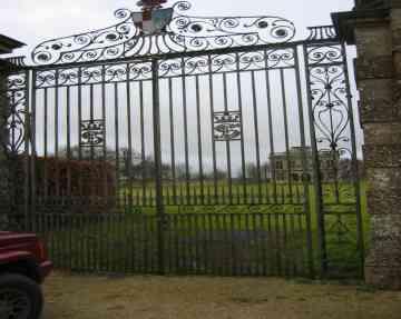 Lodge Park Sherborne ,Entrance gates