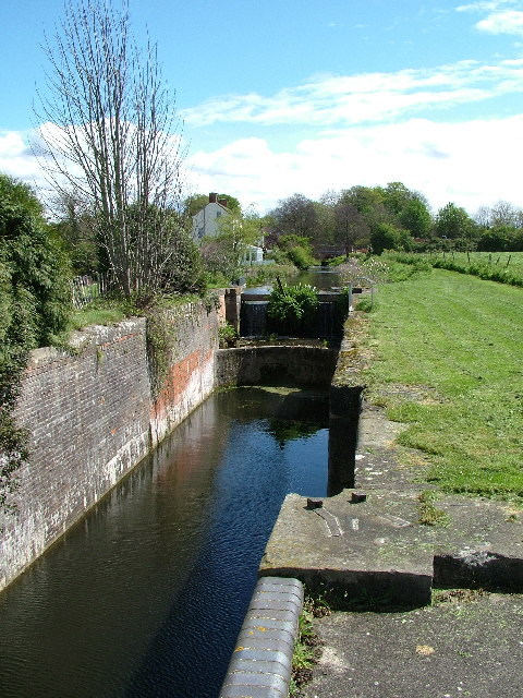 Disused lock on the Stroudwater Canal