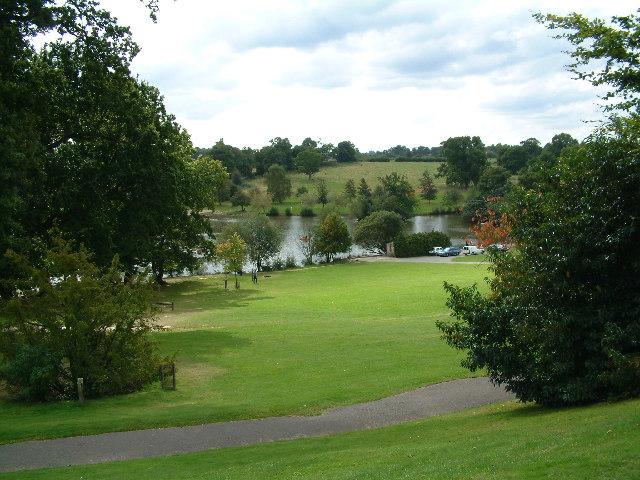 Dunloran Park & Boating Lake