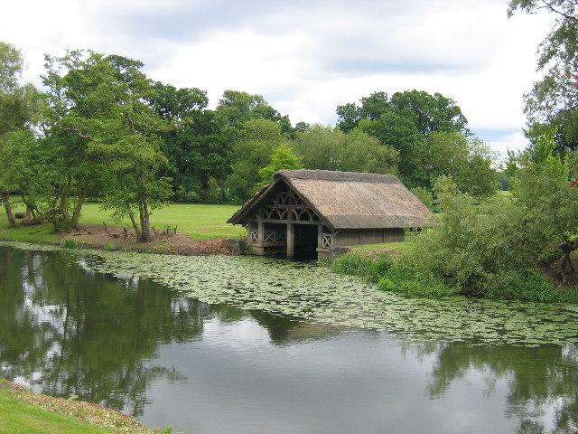 Warwick Castle Boathouse