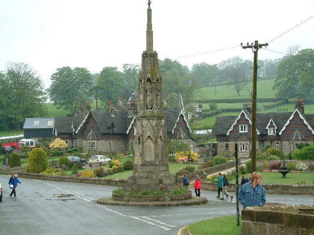 Road Junction in centre of Ilam