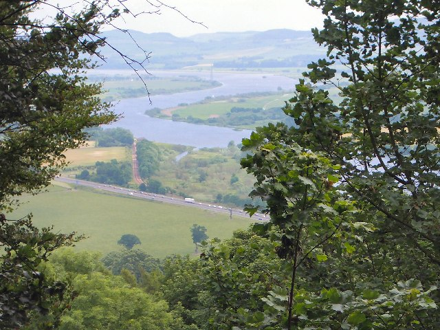 A glimpse of the Tay valley