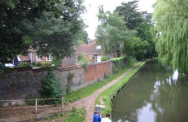 Canal at Hunton Bridge