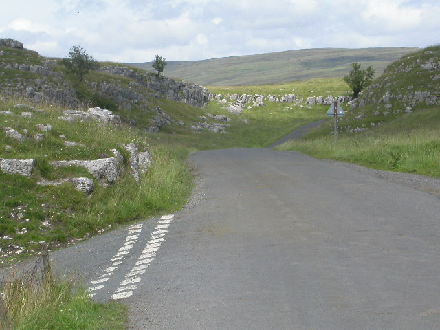 Road to  Upper Winskill